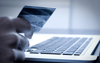 El ECommerce incrementa las ventas de las empresas y permite tener un nuevo canal de venta y llegar a más clientes que pueden comprar desde cualquier sitio y en cualquier momento