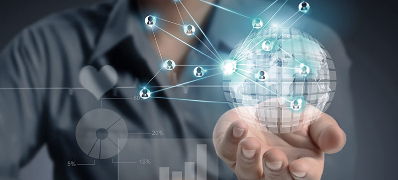 La tendencia de la movilidad empresarial en 2016 es que las empresas incorporarán nueva tecnología mobile, como aplicaciones móviles para mejorar sus negocios, agilizar los procesos y vender más