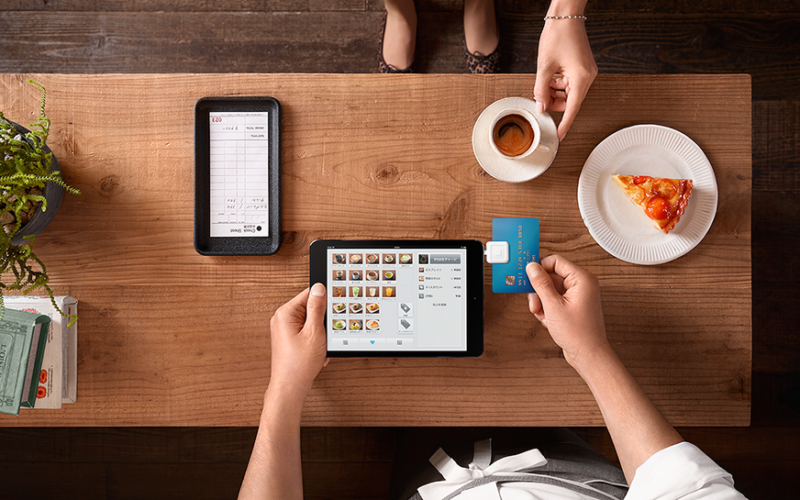 La presencia de móviles y tabletas en las empresas ha aumentado gracias a los buenos resultados de la instauración de aplicaciones móviles empresariales que agilizan procesos, potencian los negocios e incrementan las ventas y los beneficios